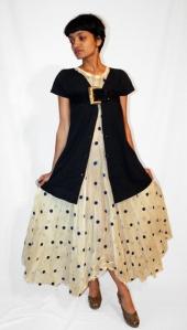 29/08/09: Vestido vintage e cinto suede do Etsy.